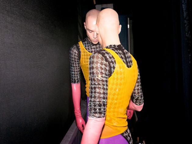 antony - pink gloves
